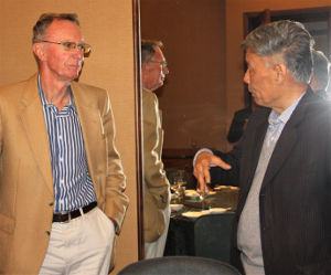 Geoff in discussion with Prof Cheng Jiaan – entomologist and recent Vice President of Zhejiang University